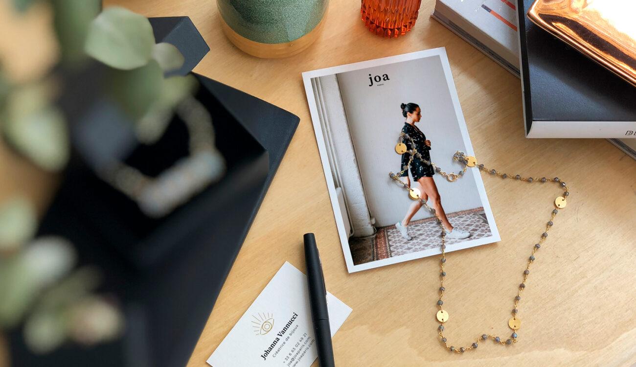 Joa Paris bijoux - types top - carte postale
